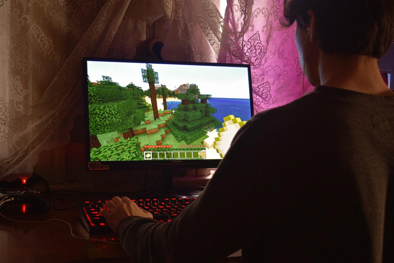 Minecraft er et kæmpe hit: Gør dit barns værelse mere cool med flotte Minecraft-actionfigurer